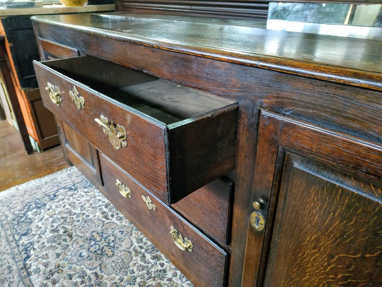 Antique Furniture: - Sales Furniture The Collector Antiques - Barnard Castle